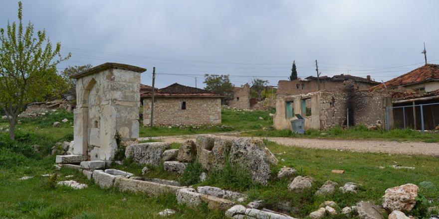 Uşak Şükraniye Köyü Resimleri