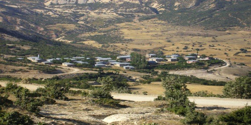 Divriği Akpelit Köyü Resimleri