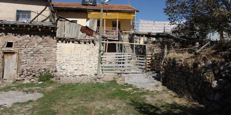 Divriği Çukuröz Köyü Resimleri