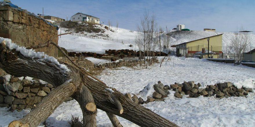 Ağrı Merkez Cumaçay Köyü Resimleri