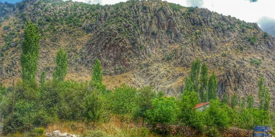 Afyon Sinanpaşa Kayadibi Köyü Resimleri
