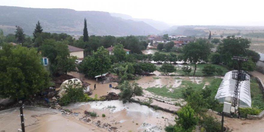 Kula İbrahimağa Köyü Resimleri