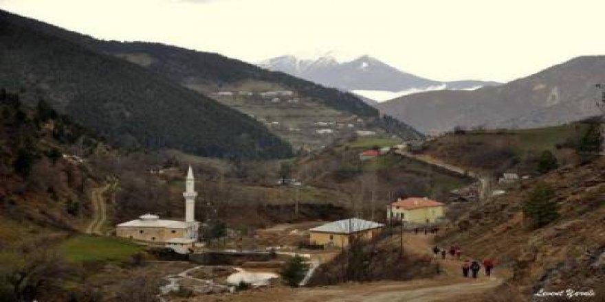 Kürtün Yukarıkaradere Köyü Resimleri