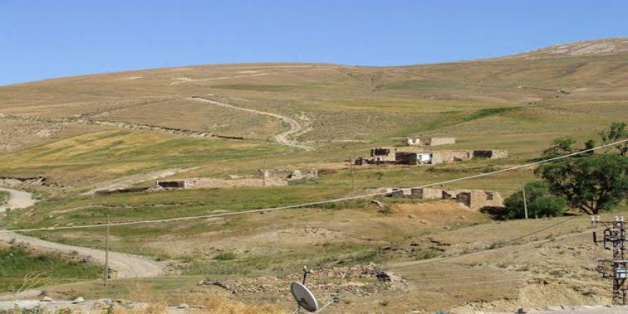 Ağrı Doğubeyazıt Yukarıtavla Köyü Resimleri