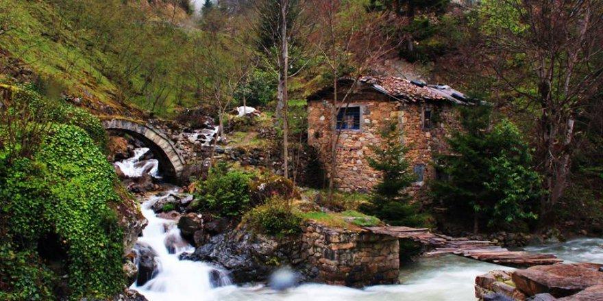 Arsin İşhan Köyü Resimleri