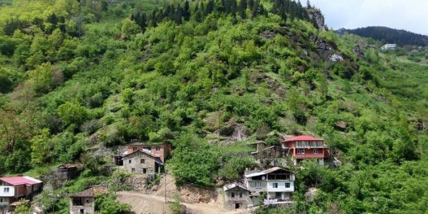 Arsin Üçpınar Köyü Resimleri