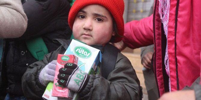 Başbakan'ın Ailesi Suriye'ye 3 Tır Daha Yardım Gönderdi