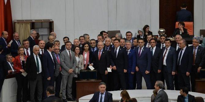 Anayasa Değişiklik Teklifi 16. Maddesi 342 Oyla Kabul Edildi