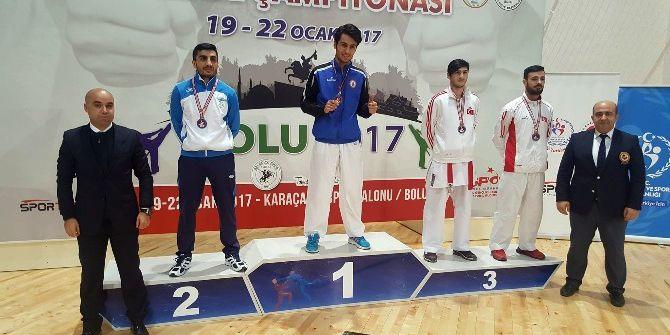 Uygur Kardeşlerden Büyükler Karate Şampiyonasında Büyük Başarı