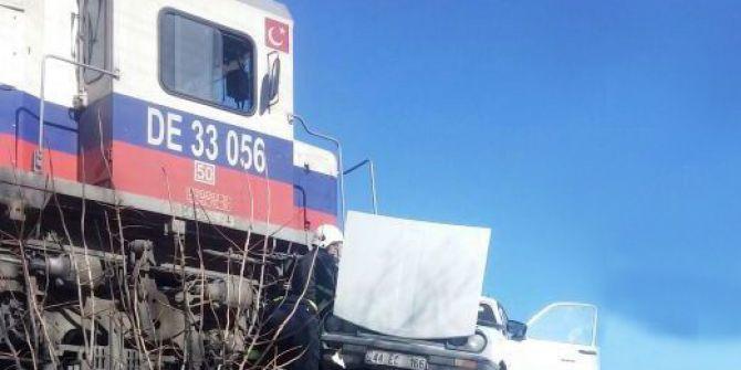 Tren Kazasında Yaralı Sürücü Hayatını Kaybetti