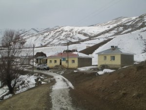 Hakkari Akpınar Köyü