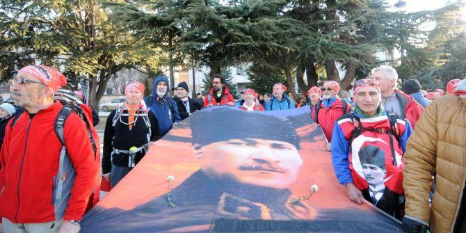 Atatürk Ve İstiklal Yolu Yürüyüşü Tamamlandı