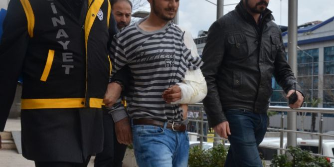 Gasp Ettiği Araçla Köfteciye Dalan Katil Zanlısı Tutuklandı