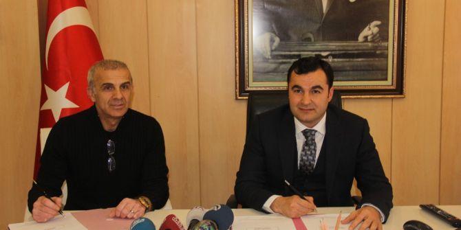 Gaziantep Büyükşehir Belediyespor, Oğuz Çetin İle Sözleşme İmzaladı