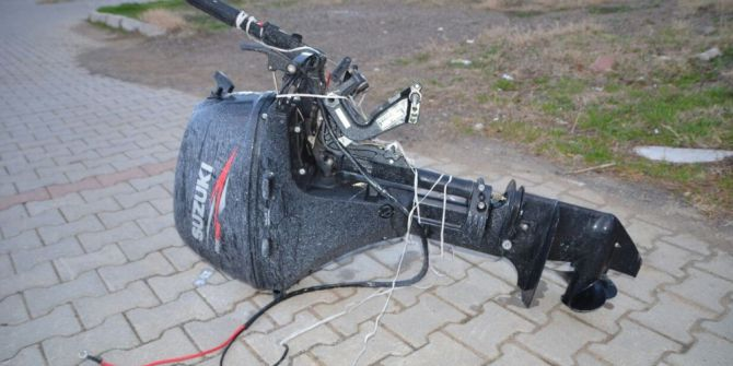 İzmir'de Tekne Motoru Çalan Hırsızlar Yakalandı