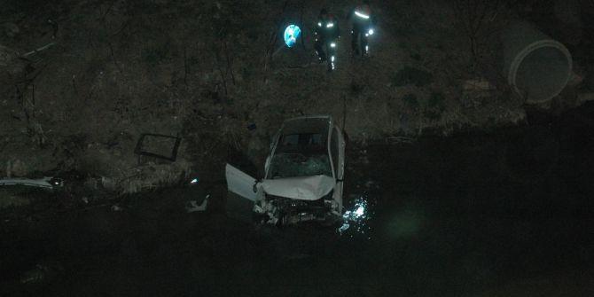 Otomobil Sulama Kanalına Uçtu, Kaza'da Akıntıya Kapılıp Kayboldu Sanıldı Evinde Çıktı