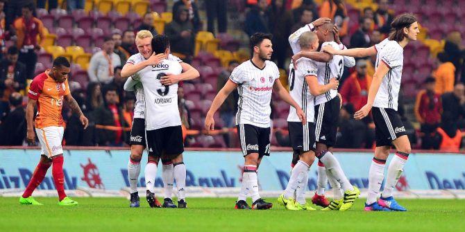Beşiktaş Arayı Açtı