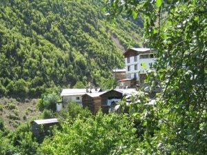 Artvin Dokuzoğul Köyü