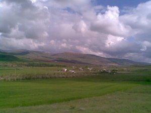 Sivas Akkuzulu Köyü