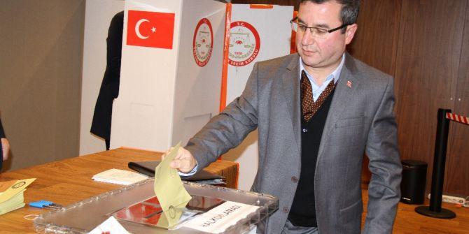 Belçika'da Oy Kullanma İşlemi Başladı