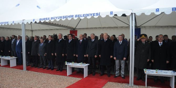 """Bakan Müezzinoğlu: """"16 Nisan'dan Sonra Ülkenin Yolculuğu Yönetim Anlamında Otobanlarda Olacak"""""""