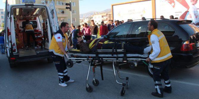 Mut'ta 2 Ayrı Trafik Kazasında 11 Yaralı