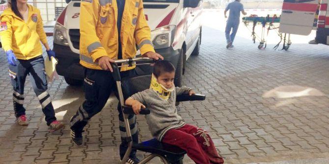 Öğrencileri Taşıyan Otomobil Su Kanalına Düştü: 5'i Çocuk 7 Yaralı