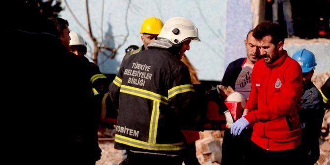 Giresun'da Olimpik Yüzme Havuzu İnşaatında Çatıdan Düşen İşçi Yaralandı