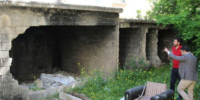 Haliliye Belediyesi Bağımlıların Mesken Tutuğu Yapılara Geçit Vermiyor