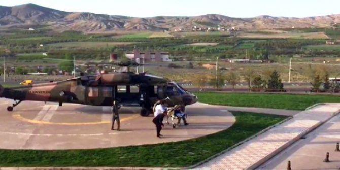 Yılanın Isırdığı Genç Kız Askeri Helikopterle Hastaneye Kaldırıldı