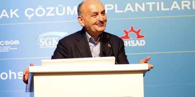 """Bakan Müezzinoğlu: """"Bundan Sonra Hiçbir Hain Plancı Bu Milletin Kaderiyle Oynama Cesaretini Gösteremeyecektir"""""""