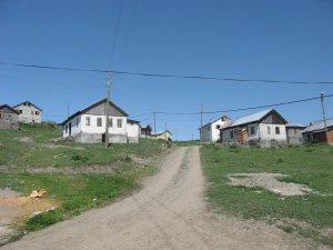 Gümüşhane Alçakdere Köyü