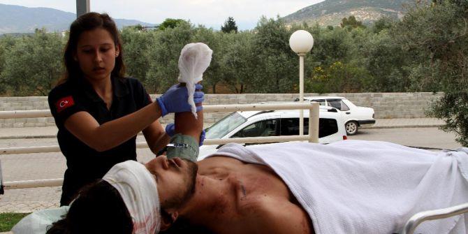 Otostop Yaparak Bindiği Araç Kaza Yaptı
