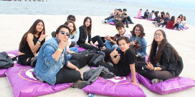 İzmir'de Uğur Fest Coşkusu