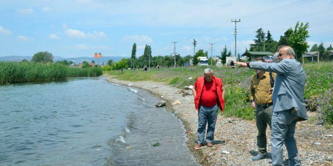 """İznik Belediye Başkanı Sargın: """"İznik Gölü'ndeki Balık Ölümleri Kirlilikten Değil, Konulan Tuzaklardan Kaynaklı"""""""