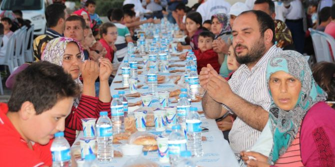 Antakya Belediyesi Mahalle İftarları Başladı