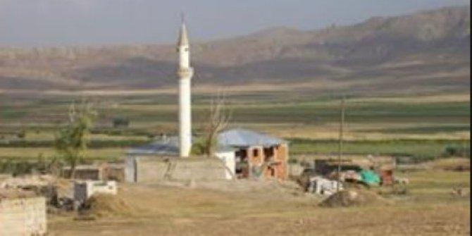 Ağrı Taşlıçay Bayramyazı Köyü