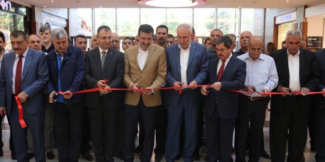 Bakan Tüfenkci Malatya'da Sergi Açılışına Katıldı