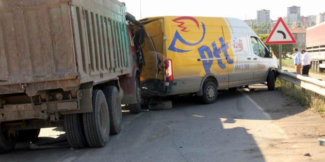 Samsun'da Zincirleme Kaza: 3 Yaralı
