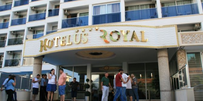Marmaris'te Otelde Rezervasyon Skandalı