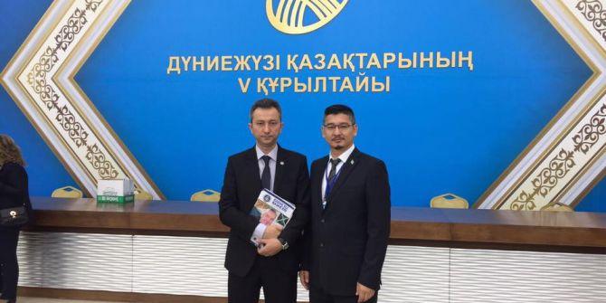 Dünya Kazakları Astana'da Toplandı