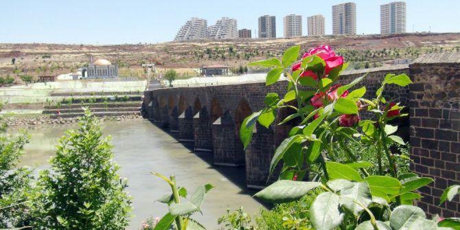 Bayramda Diyarbakır'a Turist Akını