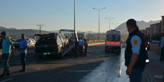 Tatvan'da Trafik Kazası: 6 Yaralı