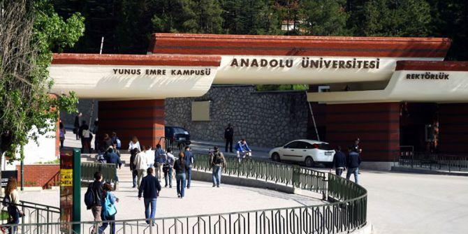 """Anadolu Üniversitesi """"Webometrics Sıralaması""""nda 8. Oldu"""