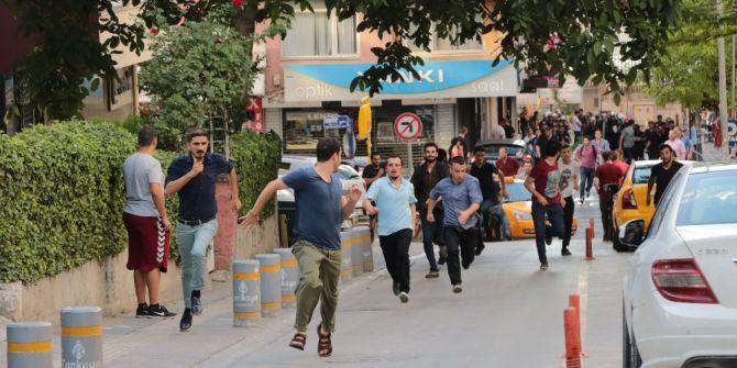 Başkent'te Gülmen Ve Özakça Eyleminde 20 Kişi Daha Gözaltına Alındı