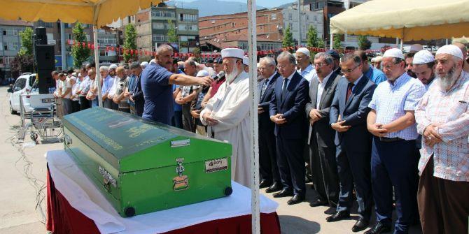 Rufai Tarikatının Şeyhi Hacı Mustafa Boyraz Son Yolculuğuna Uğurlandı