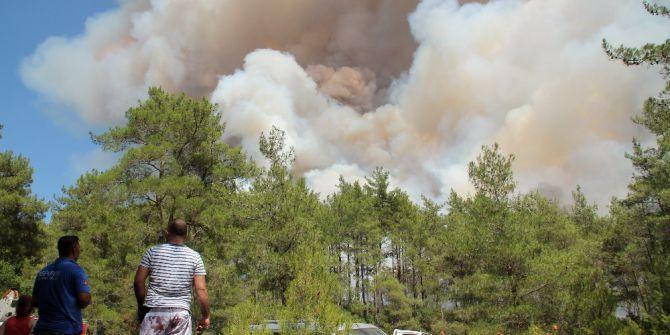 Marmaris'te Orman Yangını: Kontrol Altına Alınamıyor