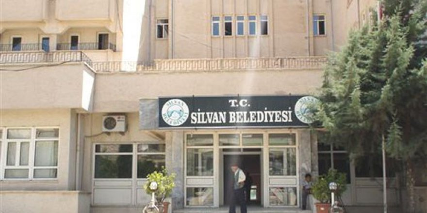Diyarbakır'da İki Belediye'ye Kayyum Atandı