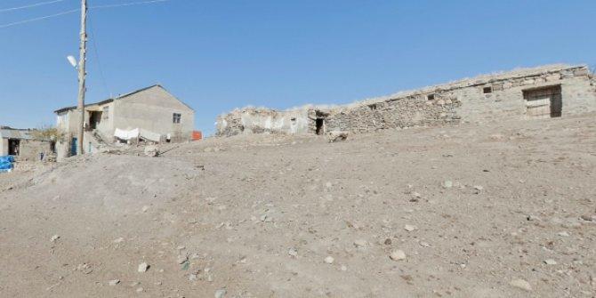 Ağrı Tutak Taşbudak Köyü