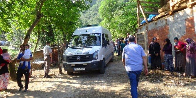 Sakarya'da fındık işçilerini taşıyan traktör dereye devrildi: 7 ölü, 9 yaralı